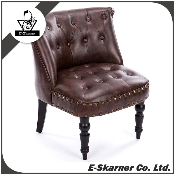 E-Skarner Ancient European Style Brown Sofa with Historic Feeling