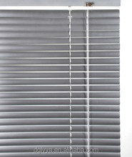 Dongguan Manufacturer Fashionable dust resistance low price manual horizontal aluminum venetian blind for home decor