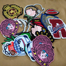 Custom embroidered patches and logos/embroidered sew on badges
