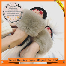 Women's Fashion Fur Slippers Slides New Designer Indoor Flip Flops Beach Ladies Sandals Comfortable Flat Shoes