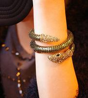 wholesale fashion jewelry 14k Gold Snake Bangle Bracelet Insert The Crystal