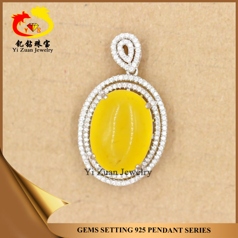Factory direct sale 925 silver micro pave setting oval amber pendant
