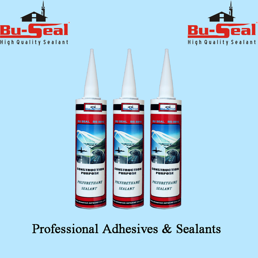 Substrate moisture curable polyurethane sealant for wide range of