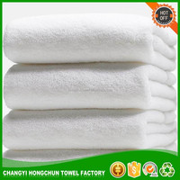embroidered wholesale polyester/cotton bath towel printing with logo