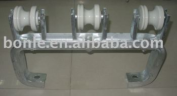 Porcelain Insulator ANSI53-2 with Complete Bracket