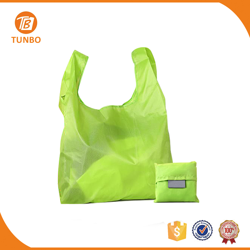 Wholesale custom polyester reusable foldable shopping bags with logos