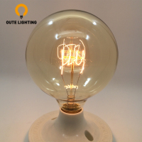Wholesale China Clear G125 120V 25W Edison Globe Glass Bulb