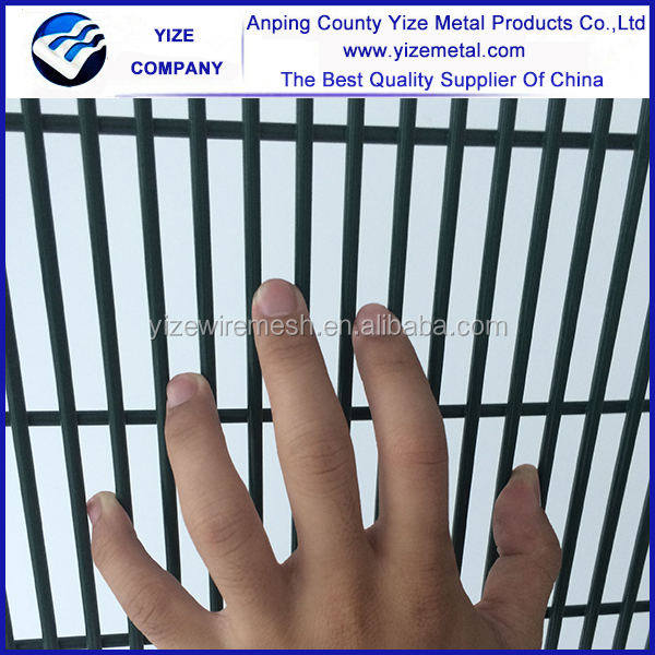 High security pvc coated or hot dipped galvanized weld prison mesh fence