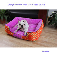 Factory supply elegantly designed dotted pet bed indoor cheap flat bed sheets with dog print