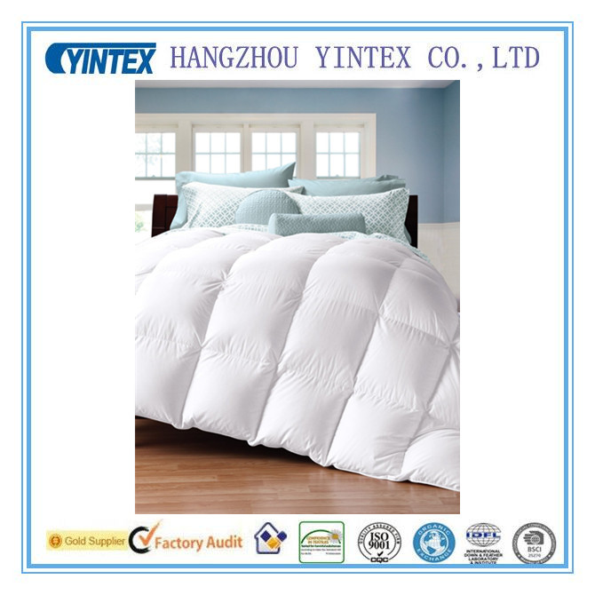 Natural Comfort Soft and Luxurious 300TC Sateen White Polyester Alternative Duvet Insert, Oversize King