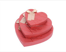 Custom paper Christmas gift box /heart shape gift box/candy gift paper box with ribbon