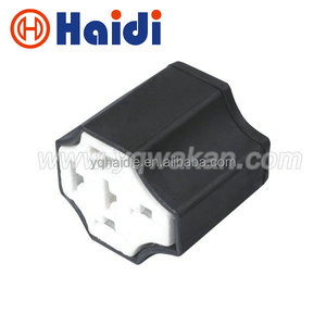 Car ceramic relay seat / ceramic seat high temperature relay seat HDJ051B-6.3-21