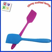 Hot sale promotional item kitchen tool silicone pizza spatula silicone