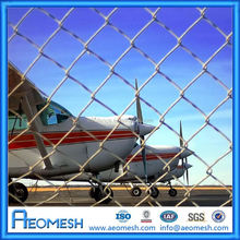 Prevent Passby From Airstrip decorative metal fencing/prefab iron fence panels/steel chain link fence
