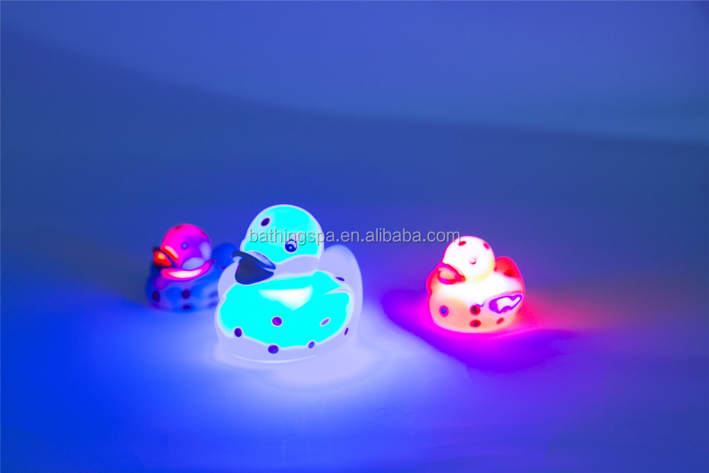 Hot selling Led flashing ducks
