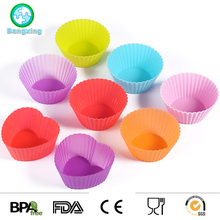 High Quality Multi Shape and Multi Color Silicone Cake Mold Muffin Cupcake Mold Mould