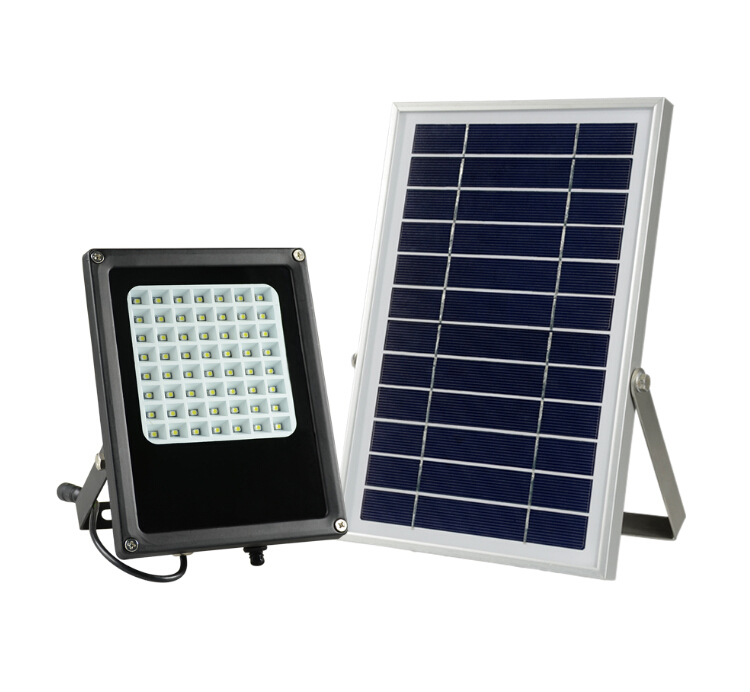 Energy Saving Solar LED Flood Light 5W Solar Powered LED Spotlight for Garden & Landscape