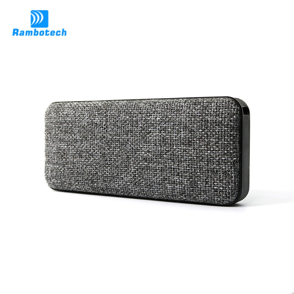 10years OEM experience 10w Super bass portable waterproof bluetooth speaker with 2000mAh power bank RS600
