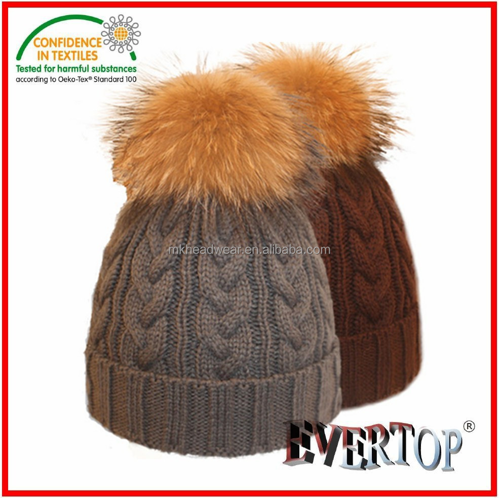 Custome Wholesale Women Winter Hand Knitted Beanie Hats with Fur Pom