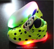 2016 New spring Fashion boys girls luminous sneaker Minnie children flashing kids led lighting child casual shoes