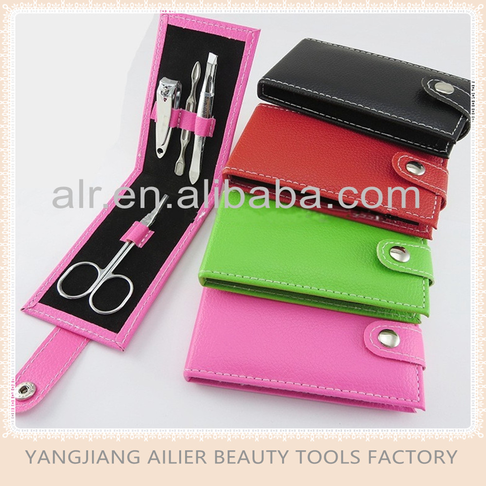 Good Price High Quality Easy Carrying Manicure Set, Nail Clipper Set In Bag For Traveling & Grooming