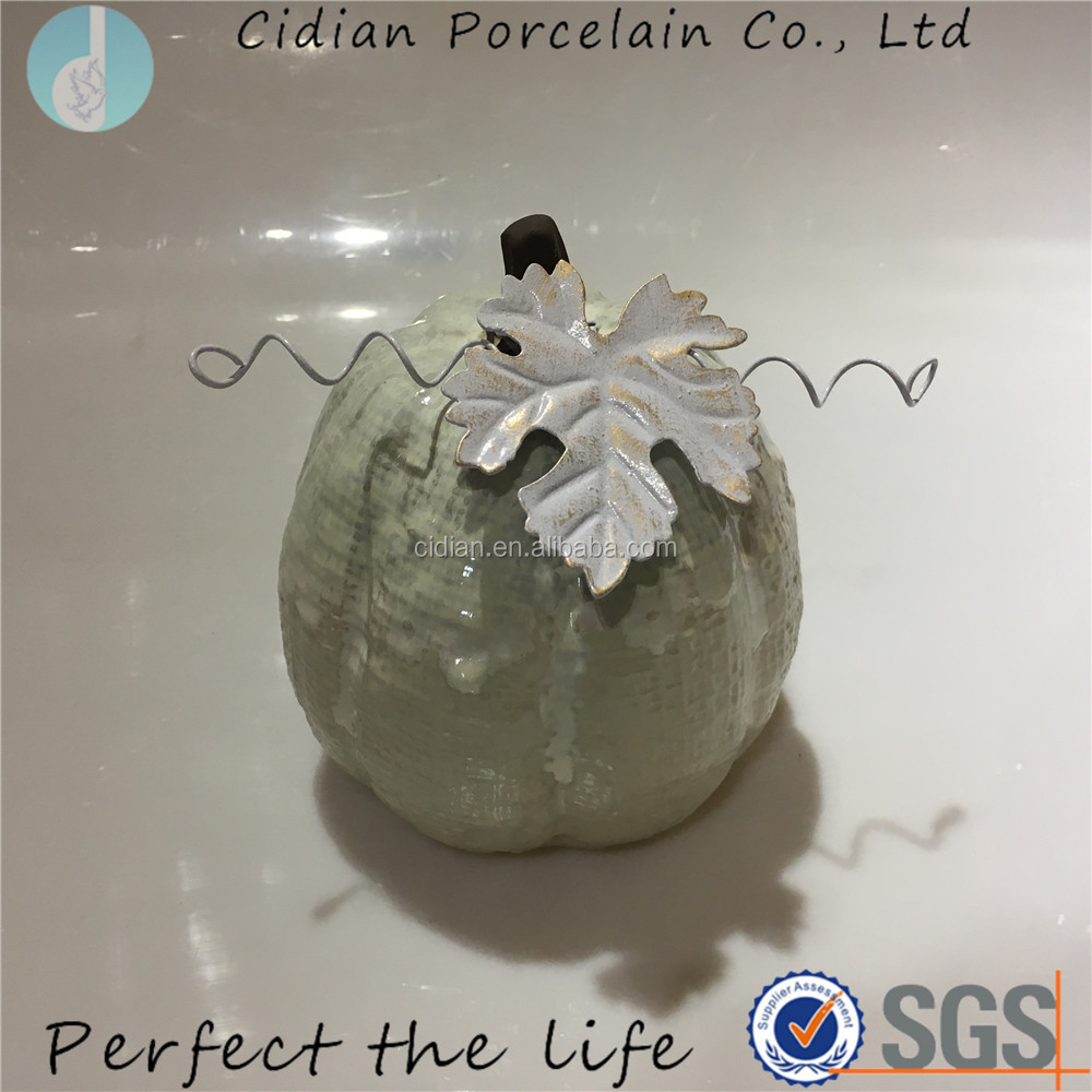 ceramic pumpkin32.jpg