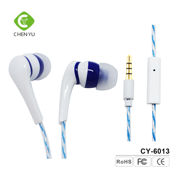 High quality bass sound comfort in ear silicone earphone with mic