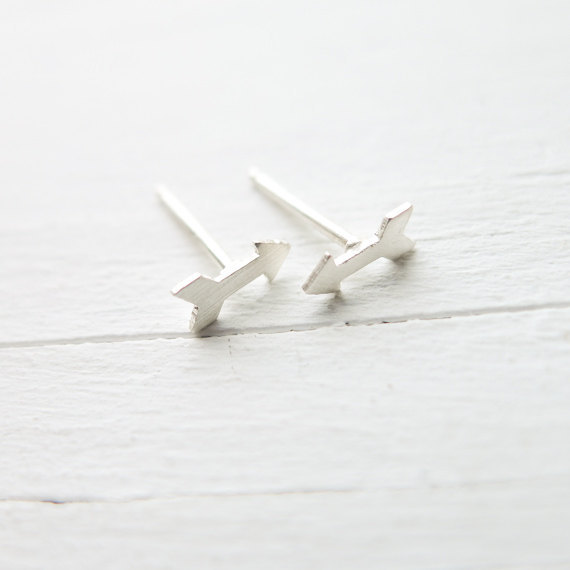 1Pair- S022 Gold Silver Tiny Cupid Arrow Stud Earrings Simple Arrows Stud Earrings Geometric Triangle Chevron Stud Earrings