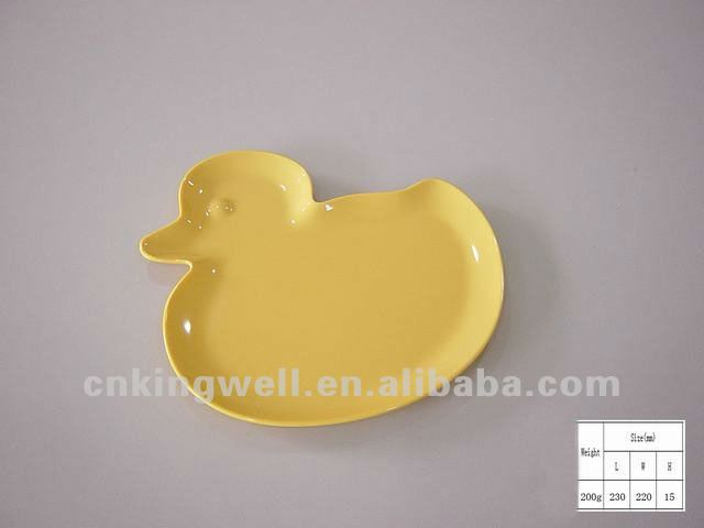 Melamine solid color fish shaped dishes