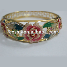 Newest Design Fashion Enamel Bangle