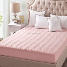 High Quality:Microfiber Quilted Mattress Protector,Filling 140gsm Polyester,Anti-Slip Quilted Bedspreads.BSCI,OEKO-TEX100