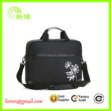 Ultra-Padded Messenger Bag for Laptop bag