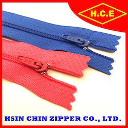 China low price hot sale 2 3 4 5 nylon zipper for footwear accessory