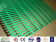 Pvc coated concrete welded wire mesh fence panels with high quality