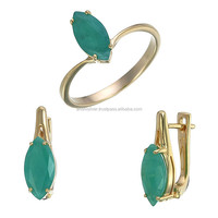 14k emerald ring and earrings