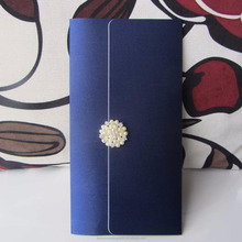 2017 Elegant Silk Blue Customized Wedding Invitation Pocket with Buckle