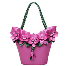 STXL 2017 autumn and winter new female splicing hit color handbag fashion flowers woven large capacity ladies shoulder bag