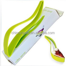 Plastic cake knife/plastic cake cutting knife tableware for home decoration