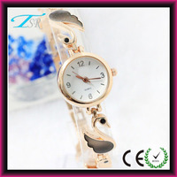 Fashion vogue ladies watch, women's dressing delicate bracelet watch, colorful watch ladies