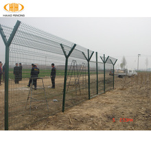 colorful pvc coated square post wire mesh fence