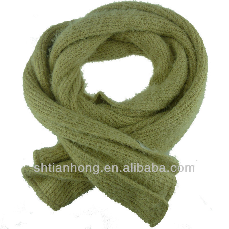 winter fashional feather yarn knitted scarf