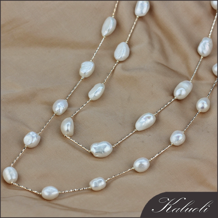 Ladies model gold plated baroque long pearl waist chain