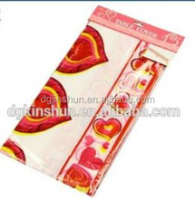 New Design Valentine's decoration Plastic table cover disposable tablecloth for Valentine