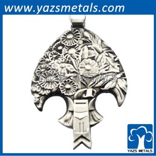 Antique silver style fished shaped pendant