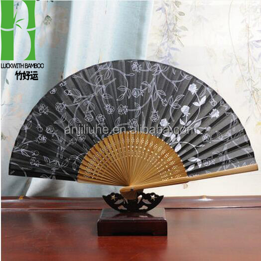 2016 high quality decorations promitional gifts japanese silk hand fan