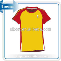 2013 Latest Fashion Short Sleeves Runing Shirt Designs, Sport Suit made in China