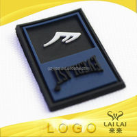 Classic high quality customized rubber soft pvc travel luggage label embossing famous brand name
