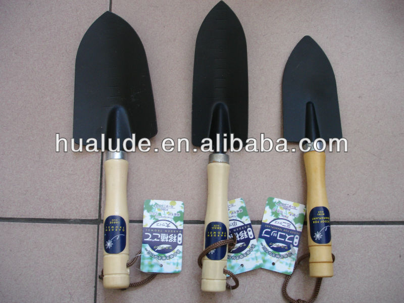 different kinds of gardening tool