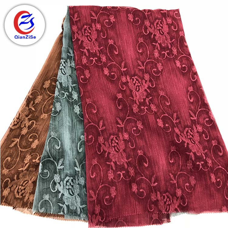 Fancy embroidery design fashion soft tulle fabric wholesale for lady clothes