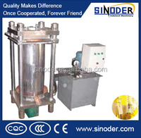 Supply Home Oil Presser Machine for press oil from Cold and Hot Coconut / Soybean/ Oilve / Sunflower/ Seeds
